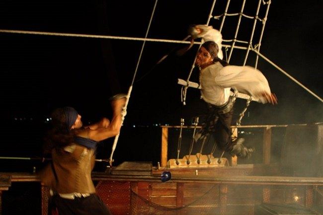 Pirate Ship Show Cancun