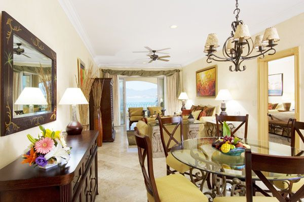 The Villa Group's Villa La Estancia Residences
